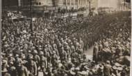 Australian and new zealand soldiers marching to westminster abbey to commemorate the first anzac day